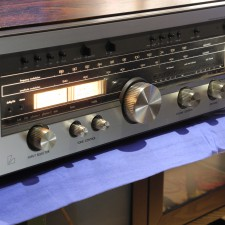 Luxman R-1050